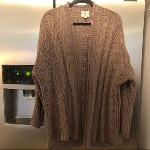 🛍 3 for 25 🛍 Light knit Sweater